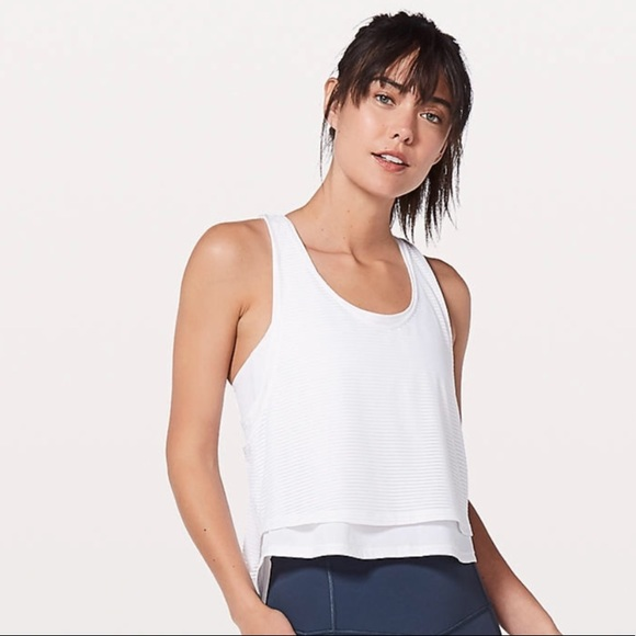 4c0b303756 lululemon athletica Tops - ⚜ Lululemon white lean in tank size 2